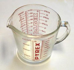 An unidentified photographer's picture of a household measuring cup